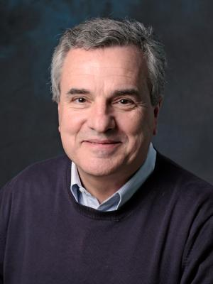 Headshot of Lucio Costa